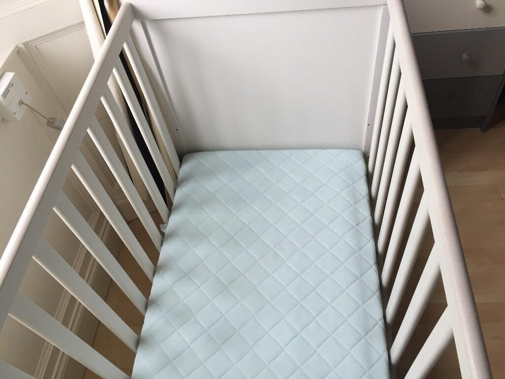 Cot and mattress - Ikea Sundvik