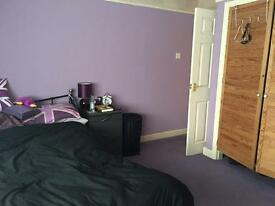 Large double room in Warrington houseshare