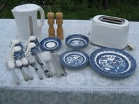 JOB LOT CROCKERY, CUTLERY, KETTLE, TOASTER, S&P, IDEAL FOR STUDENT OR HOMESTART