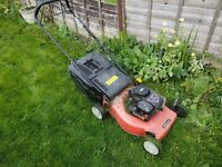 150cc Self propelled Sovergeign/Briggs & Stratton petrol mower
