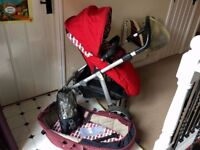 Mamas & Papas 3 in 1 Pram - Carrycot from birth to parent & world facing RED