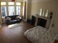 New studio lovely features, big bay window, nice separate kitchen & some bills included