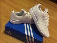 Adidas Originals Veritas Lo size UK 11
