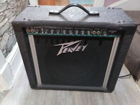 Guitar amplifier Peavey 65 what's good condition good working Model. Express 112