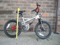 CHILDS BIKE FOR SALE. MAGNA BOOMTOWN BIKE.