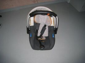 FOR SALE JANE NOMAD PRAM AND CAR SEAT (EXCELLENT CONDITION)