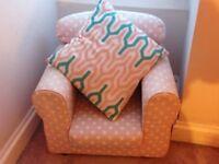 Pink polka dot Children's Armchair