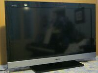 "Sony Bravia 32"" HD TV, 4 HDMI ports, Inbuilt Freeview & USB Port."