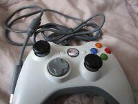 Microsoft Xbox 360 White Wired Controller
