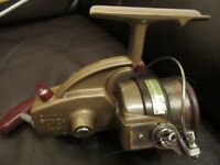 RARE 1960's VINTAGE DAIWA PUNCH 1001 FISHING REEL
