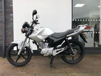 Yamaha YBR 125 Naked 124cc ONLY 3484 MILES FROM NEW