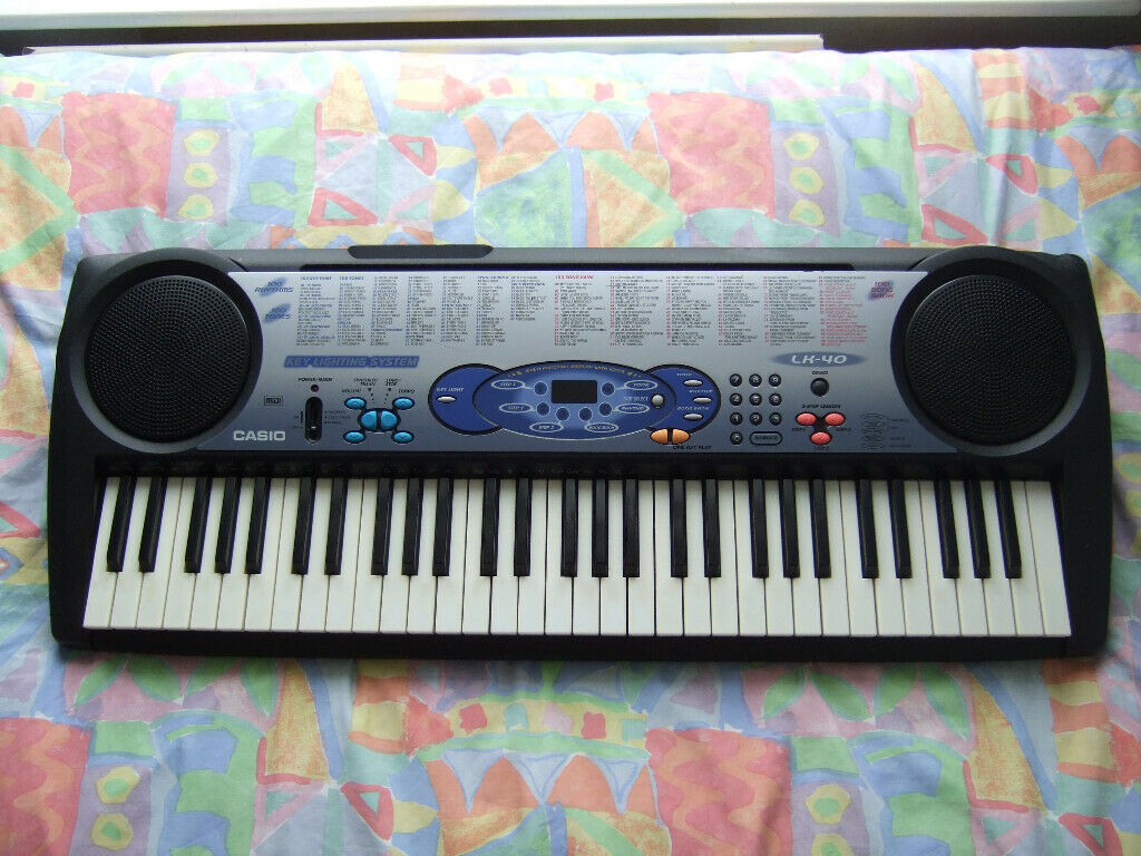 Casio LK-40 Keyboard with Key Lighting System (Scruffy condition so cheap)  | in Bournemouth, Dorset | Gumtree