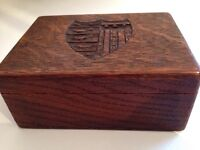 Beautiful little wood box decorated with a crest
