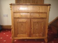 Late Victorian Pine washstand/cupboard