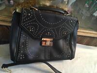 New look ladies shoulder bag black colour used good £3