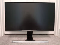 Samsung 24 inch Full-HD LED Monitor - Excellent for gaming, films and work