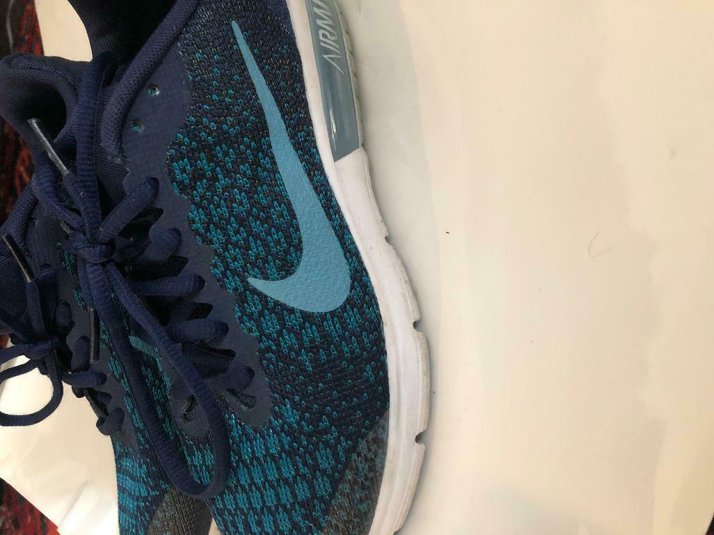 new concept 82583 e1b97 Girls size 5 nike air max 2017 | in Seven Sisters, London | Gumtree