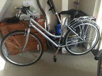 """19"""" Kingston Ladies Hybrid Bike"""