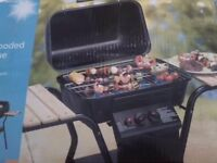 Reduced - BRAND NEW - 2 burner gas barbecue with side table (box damaged)