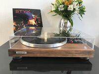 Fully Restored Vintage Audiophile Pioneer PL-514x turntable