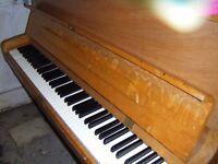 Welmar 1376 Piano