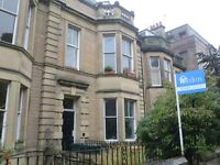 NEWBATTLE TERRACE - Lovely 2 bedroom property available in the popular area of Morningside