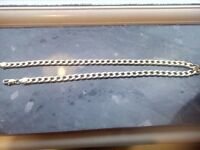 Gold cuban necklace