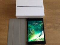 iPad Mini 4 32gb Space Grey (boxed and with case)