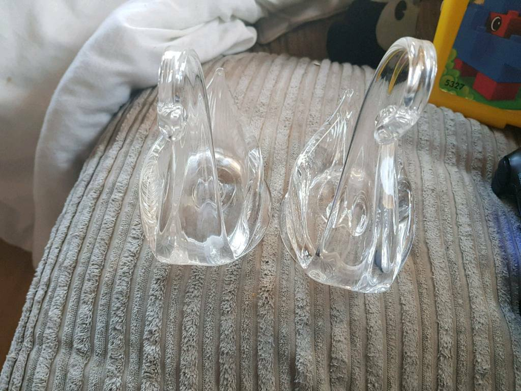 Edinburgh crystal swans