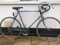 "Raleigh vintage Road Bike. 25"" Frame. XXL. 700cc Wheels. 6 gear"
