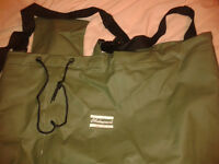 Shakespeare chest waders Size 10 watertight only been worn a few times.