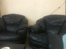 2 armchairs black