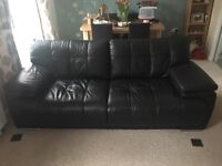 Excellent 2 and 3 Seater black leather sofa