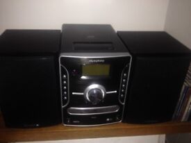 iSymphony AM/FM Stereo Compact CD System IDEAL CHRISTMAS PRESENT