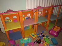 Interactive dora the explorer dolls house
