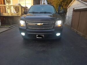 2012 Chevy avalanche  LT