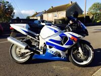 GSXR 600 2001 - Fantastic Condition- **Only 19,000 miles**