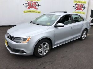 2013 Volkswagen Jetta Comfortline, Auto, Sunroof, Heated Seats,