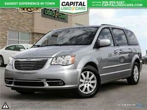2015 Chrysler Town & Country Touring * Backup Cam. * Stow and Go