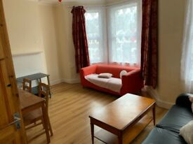 Two Bedroom Flat to Rent - Turnpike Lane