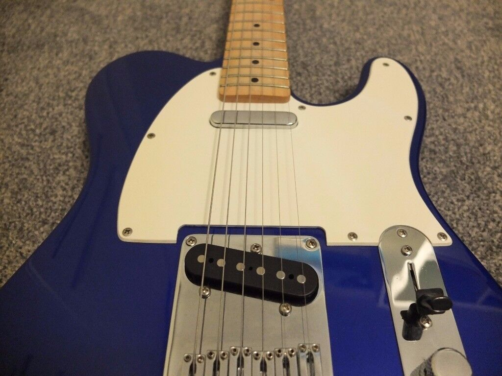 Telecaster Squire Affinity guitar, stunning blue with maple neck. Superb condition