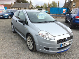 FIAT GRANDE PUNTO 1.2L -- SPORT --FULL YEAR MOT AND SERVICE HISTORY--LADY OWNER
