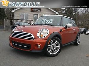 2011 MINI Cooper Hardtop Like NEW!! Only 50 KMS!!
