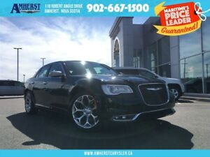 2017 Chrysler 300 HEMI, PANORAMIC SUNROOF, NAVIGATION