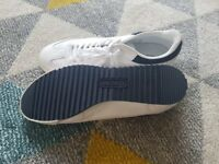 Lacoste New men's shoes size9