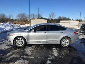 2016 Ford Fusion SE Ecoboost/NAVI/SUNROOF