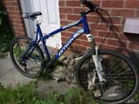 Btwin rockrider 340 hydraulic disc brakes front fatbars 26 inch wheels cheap GT Giant Scott Carerra