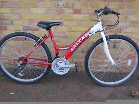 """Child/Teenage Bike Age approx 11+ with 26""""wheel ***Excellent Condition***"""