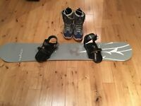 Snowboard, Bindings, Boots and Bag - Great package for new or experienced snowboarder