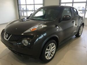 2013 Nissan JUKE SV AWD (AUTO, AWD, BLUETOOTH, SUNROOF)
